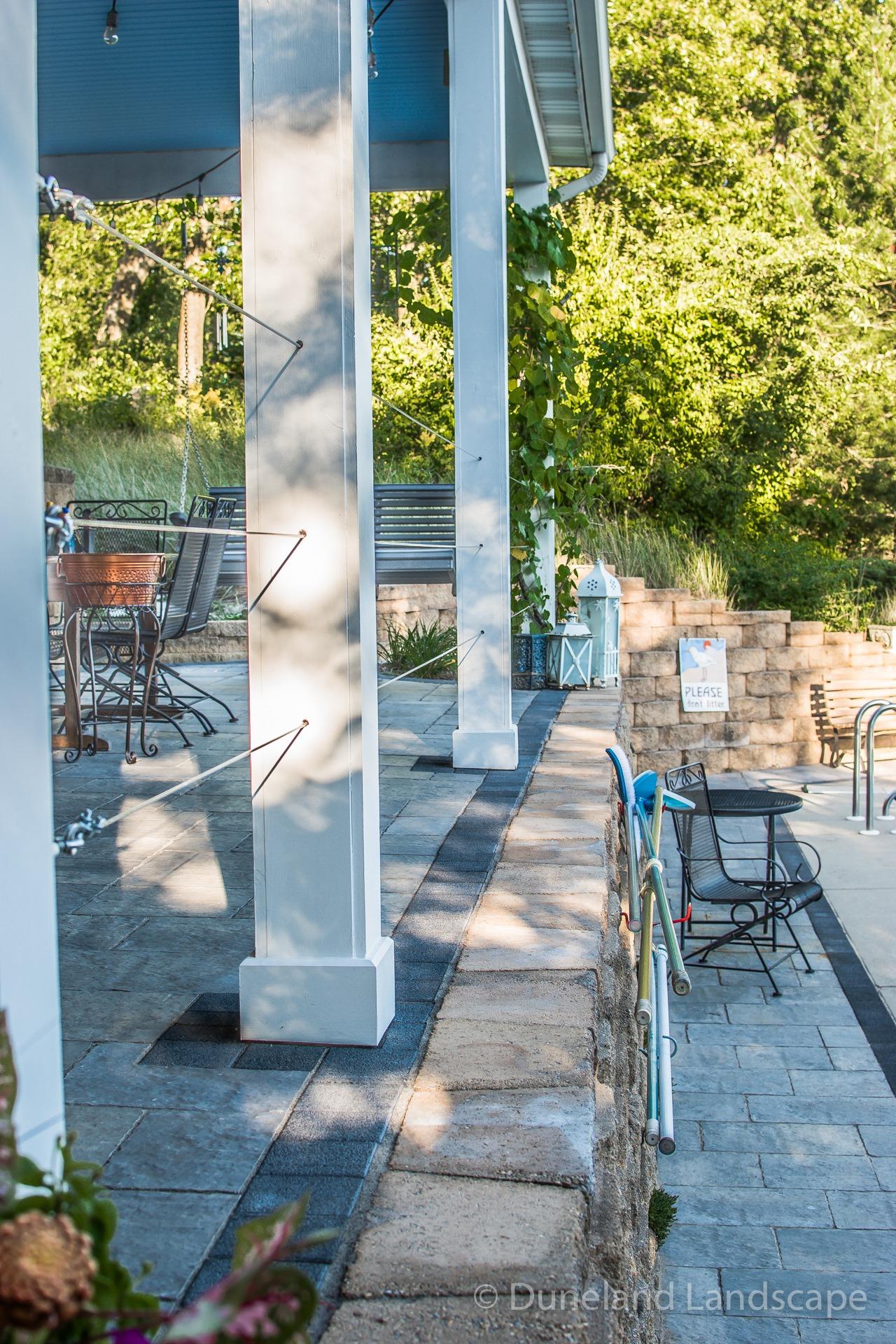 retaining wall surrounding pool deck