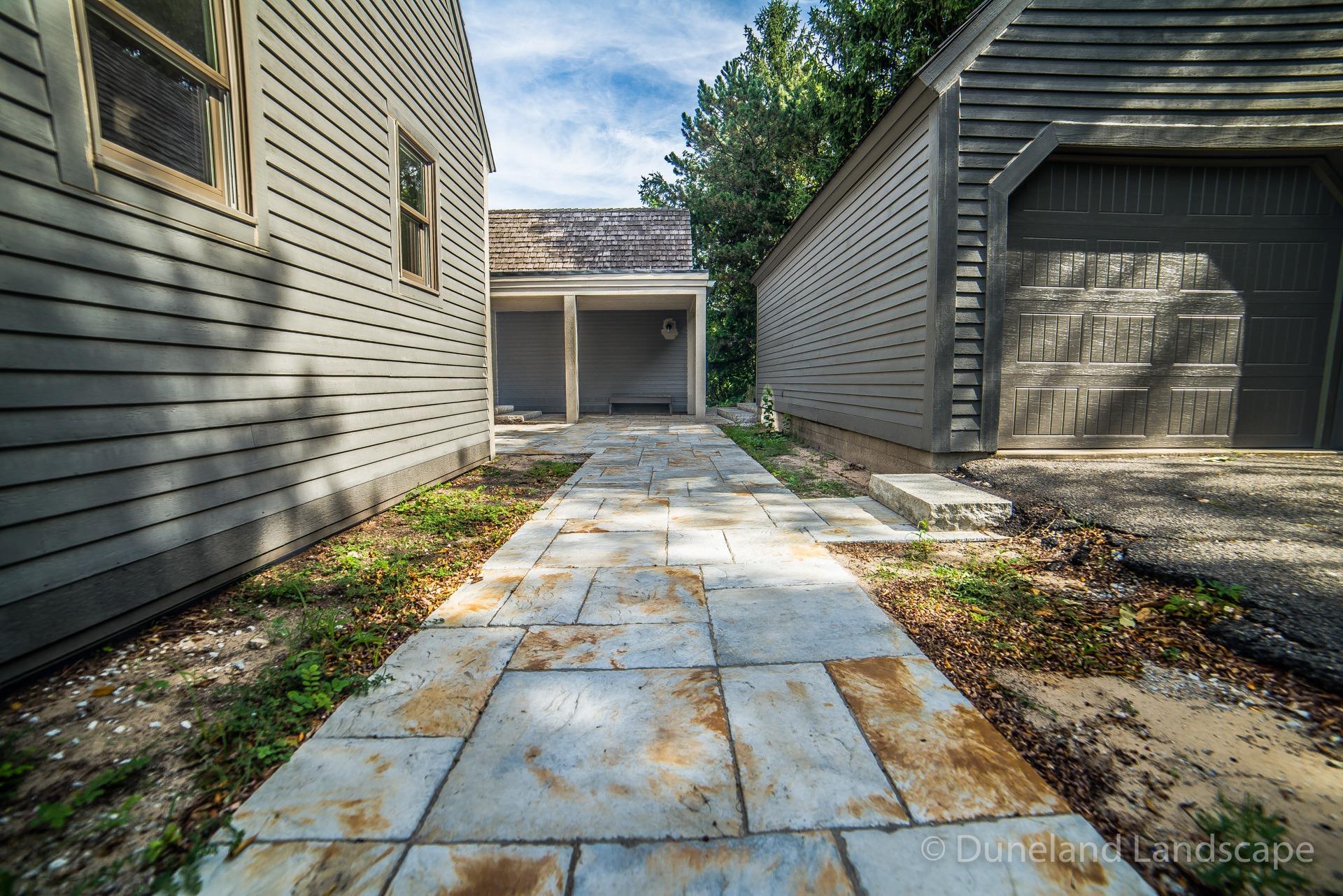 hardscape driveway installation