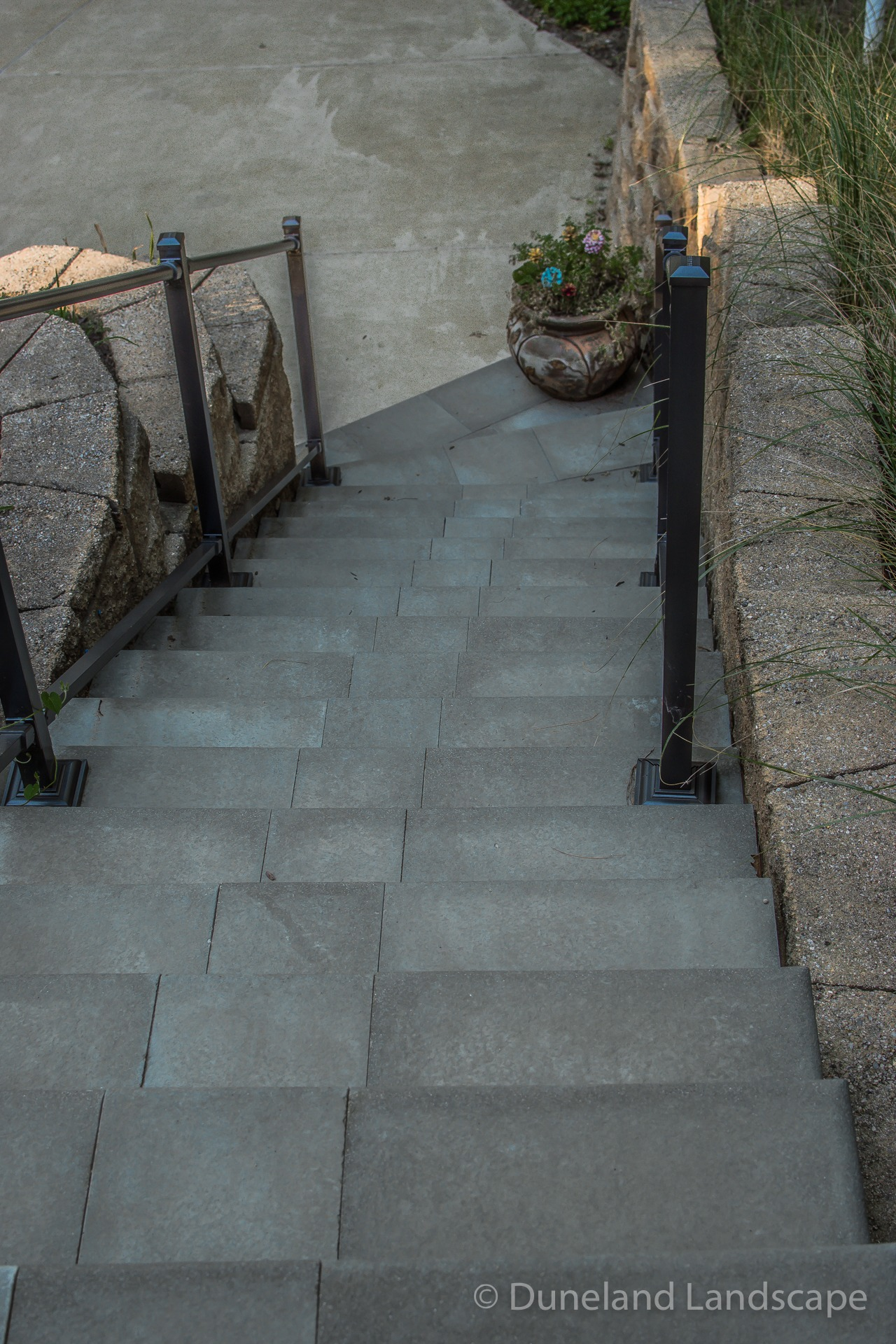 concrete slab design for outdoor stairs