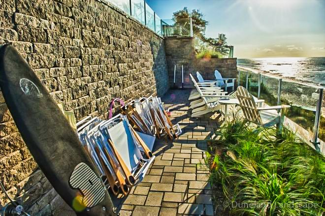 beach landscaping ideas with brick pavers