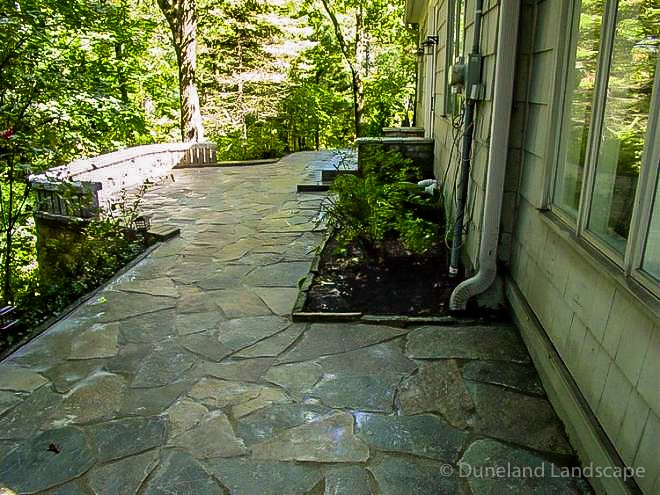 patio design ideas with flagstone