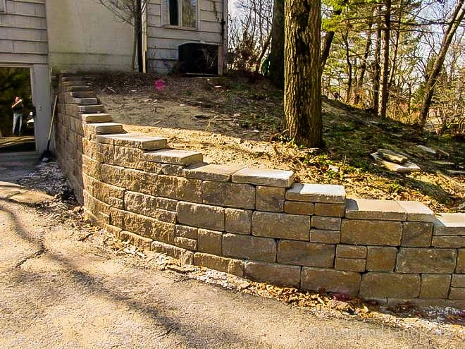 varying size brick pavers for retaining wall